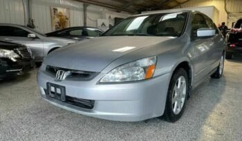 Buy 2005 Honda Accord Hybrid Lx from best car dealers in Calgary. We deal in all sorts of used trucks and used cars in Calgary.