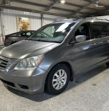 Buy 2009 Honda Odyssey from best car dealers in Calgary. We deal in all sorts of used trucks and used cars in Calgary.